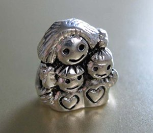 Pandora Mother With Two Kids Bead